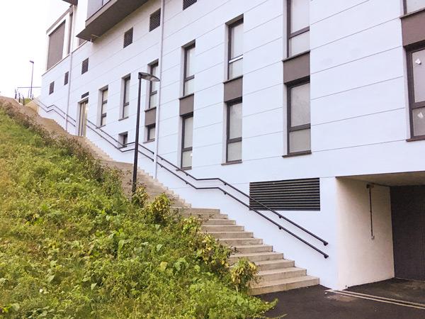 Escaleras de urbanización en Zumarraga